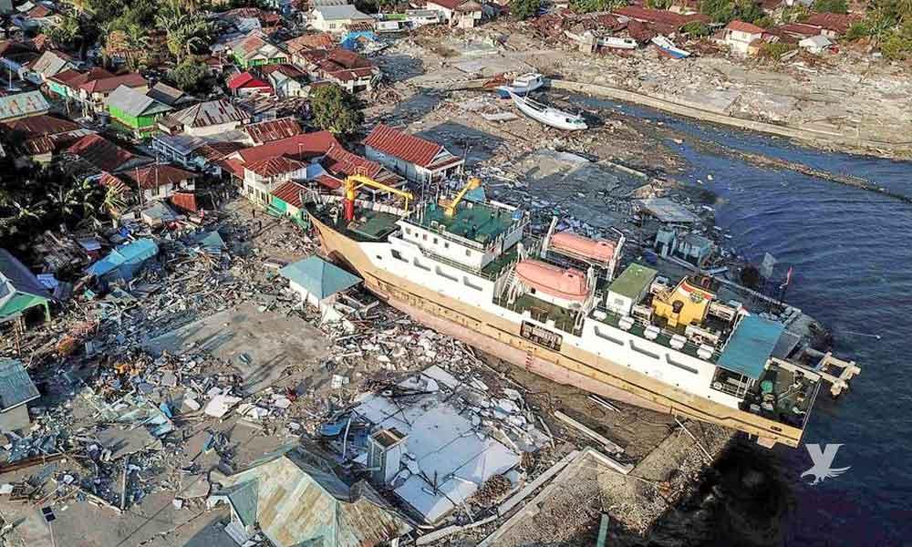 Alerta de Tsunami en Indonesia tras terremoto de 7.4 grados