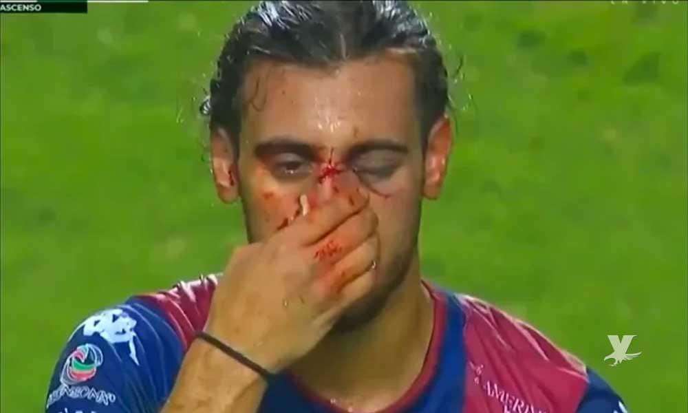 (VIDEO) Futbolista del Atlante sufre aparatosa lesión en la cara