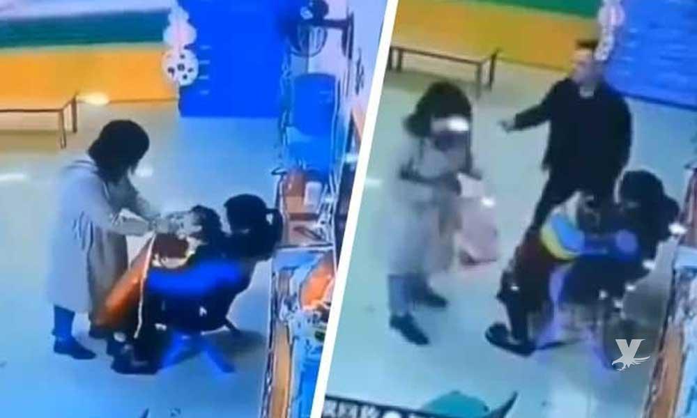 (VIDEO) Padre defiende a niña que era golpeada por la maestra