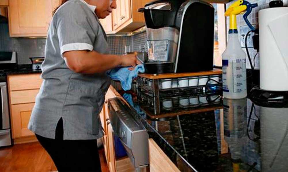 En ocho meses, 11 mil 947 trabajadoras del hogar ya  cuentan con derechos de salud y seguridad social