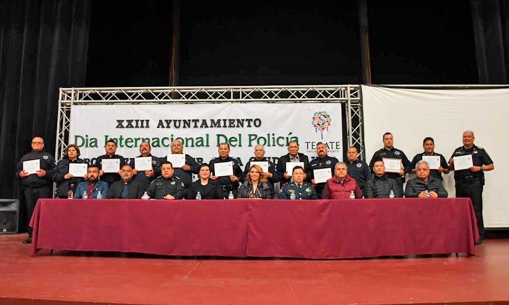 Reconocen a elementos de la Policía Municipal de Tecate
