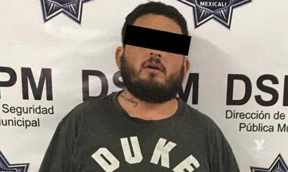 Encontró a su esposa con otro, agredió al amante y peleó con la Policía de Mexicali