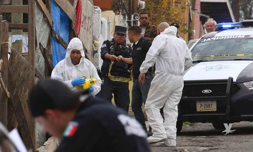 Encuentran cuerpo dentro de un 'carrito' de lavandería en calles de Tijuana