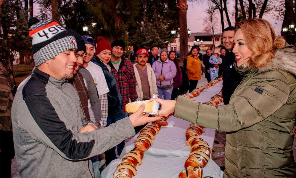 Tecatenses celebran el Día de Reyes con rosca de 90 metros en Tecate