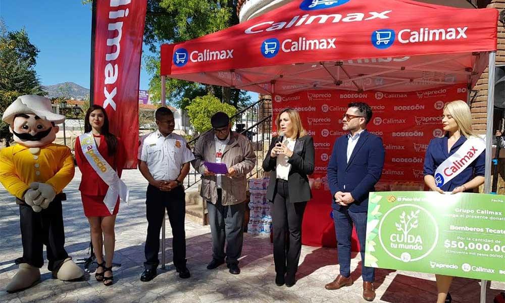 Calimax entrega donativo por 50 mil pesos para Bomberos en Tecate