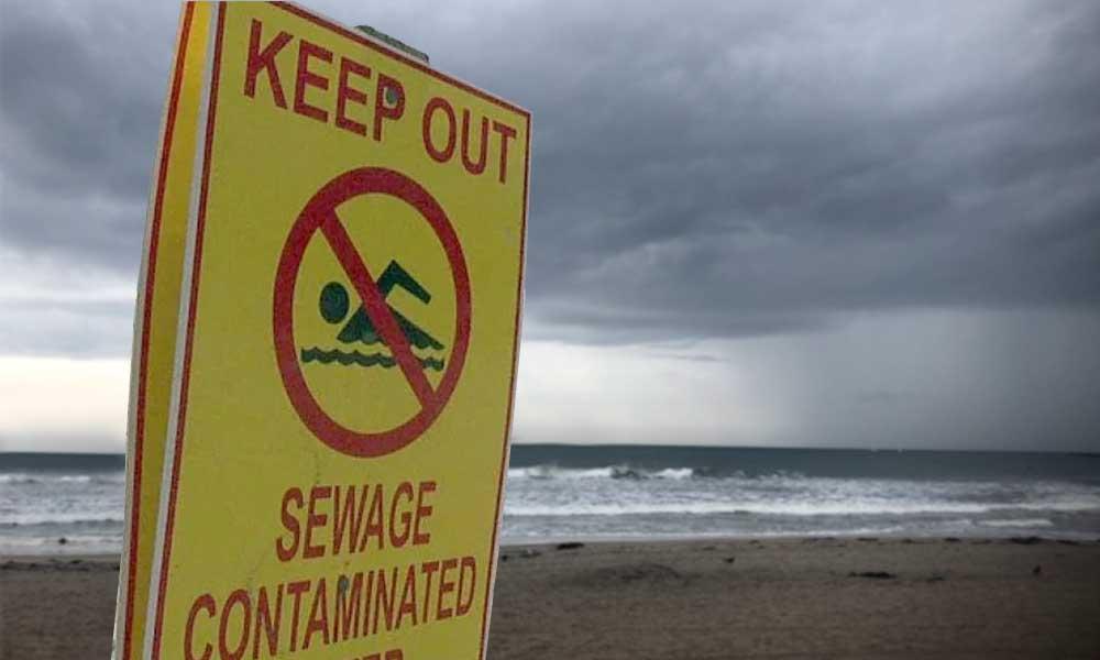 Alertan en playas de San Diego por contaminación que es arrastrada por las lluvias