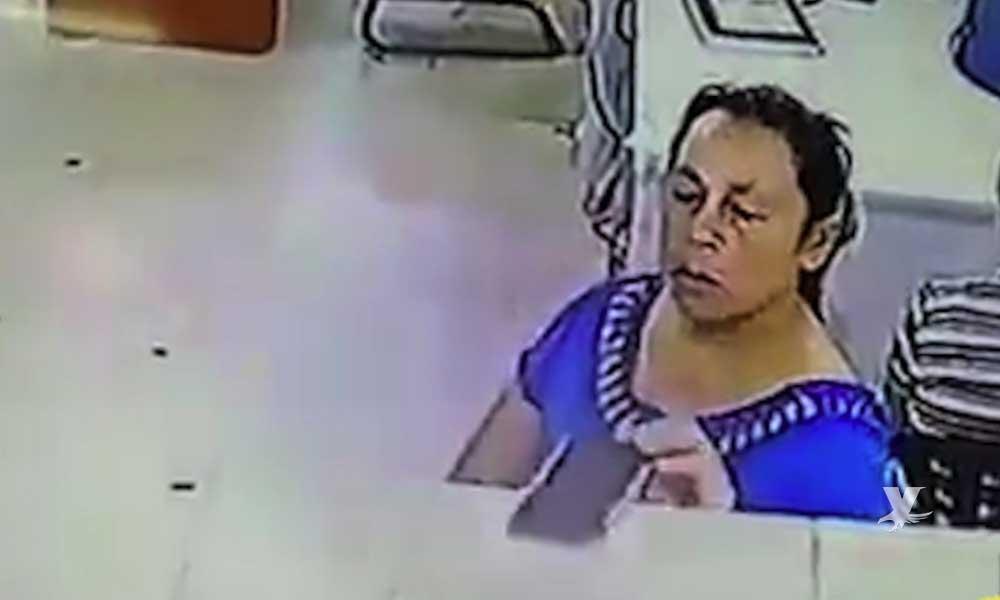 (VIDEO) Mujer roba el celular del médico que atendía a su hermano