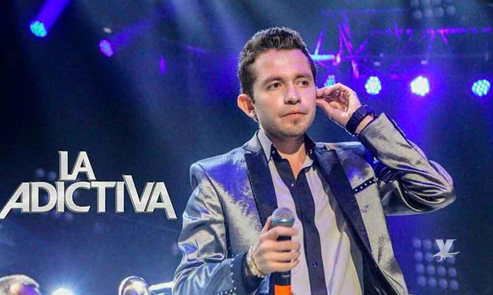 (VIDEO) Agreden durante un concierto a Memo Garza, cantante de La Adictiva