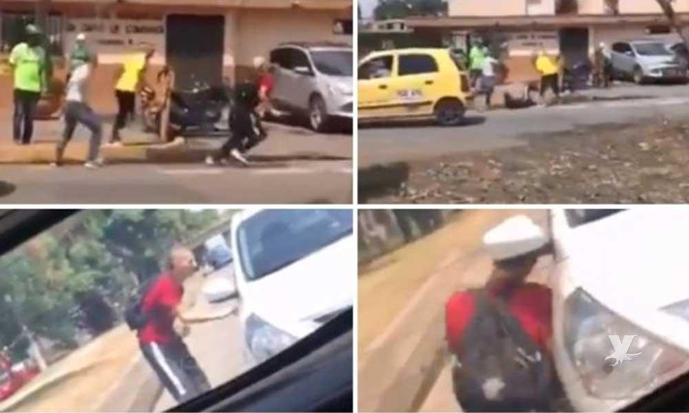 (VIDEO) Muere en la calle fanático apuñalado por 'barra' rival