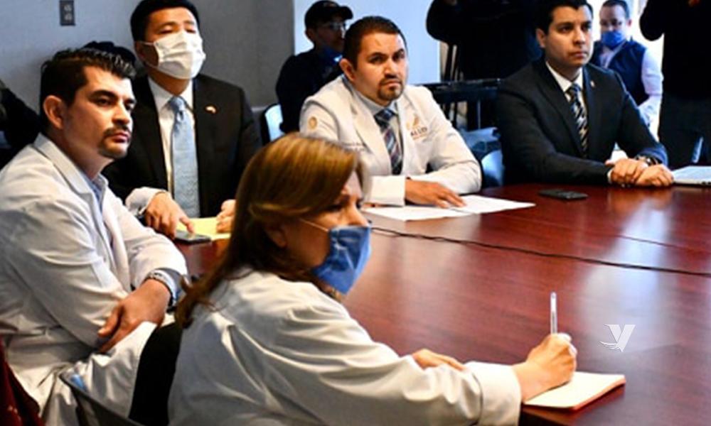 Comparten experiencias especialistas de Dongguan, China sobre el tema del Coronavirus