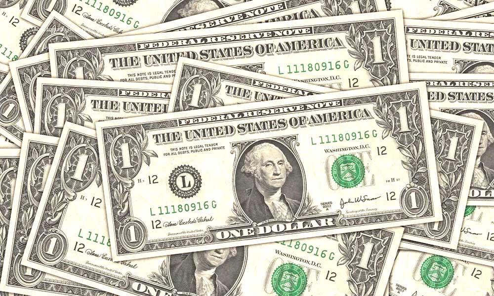 Dólar llega hasta los 21.60 pesos en Bancos