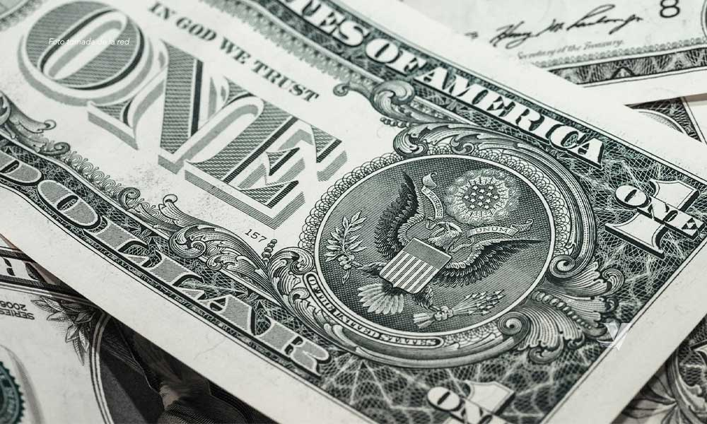 ¡Histórico! Dólar llega a los 23 pesos