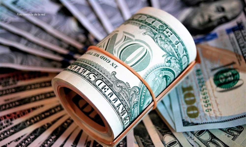 Bancos venden dólar hasta en 20.07 pesos, continúa efecto Coronavirus