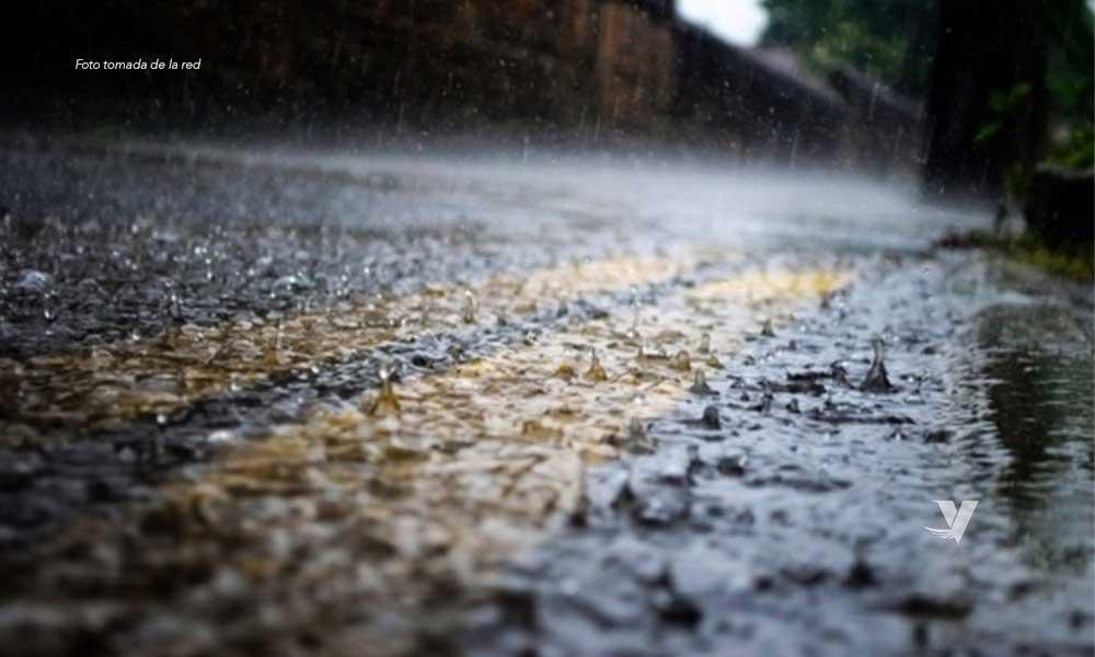 Este Jueves, lluvias con descargas eléctricas y probabilidad de aguanieve para BC
