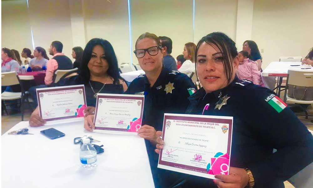 Reconocen labor de tres oficiales de policía como Mujeres Destacadas de Tecate