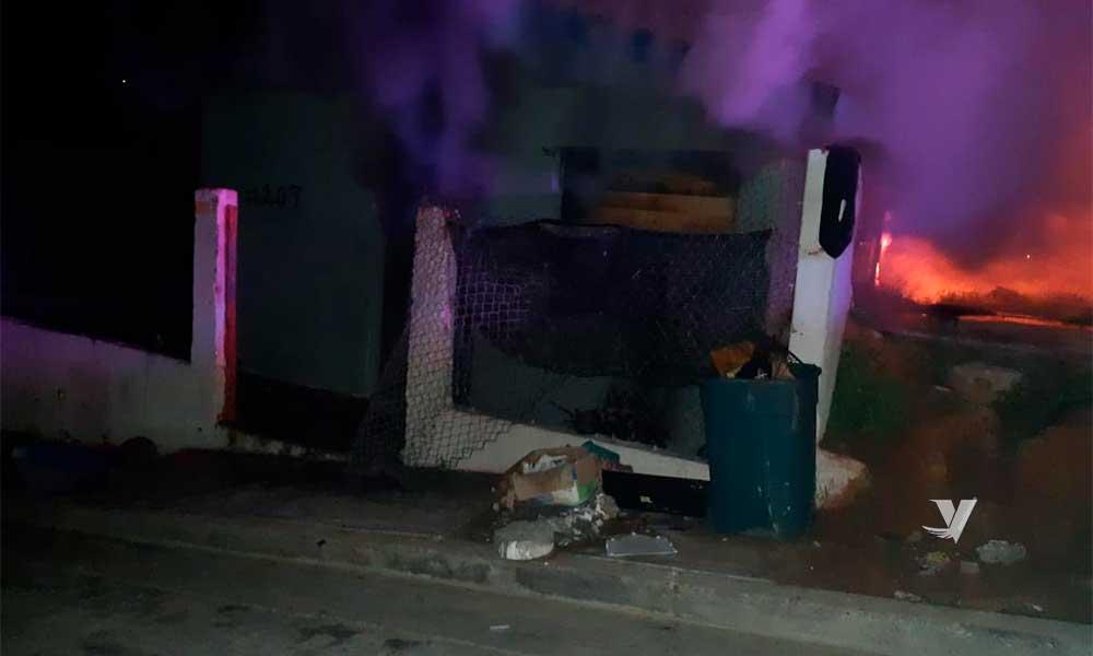 Fuego consume casa habitación en la Emiliano Zapata en Tecate