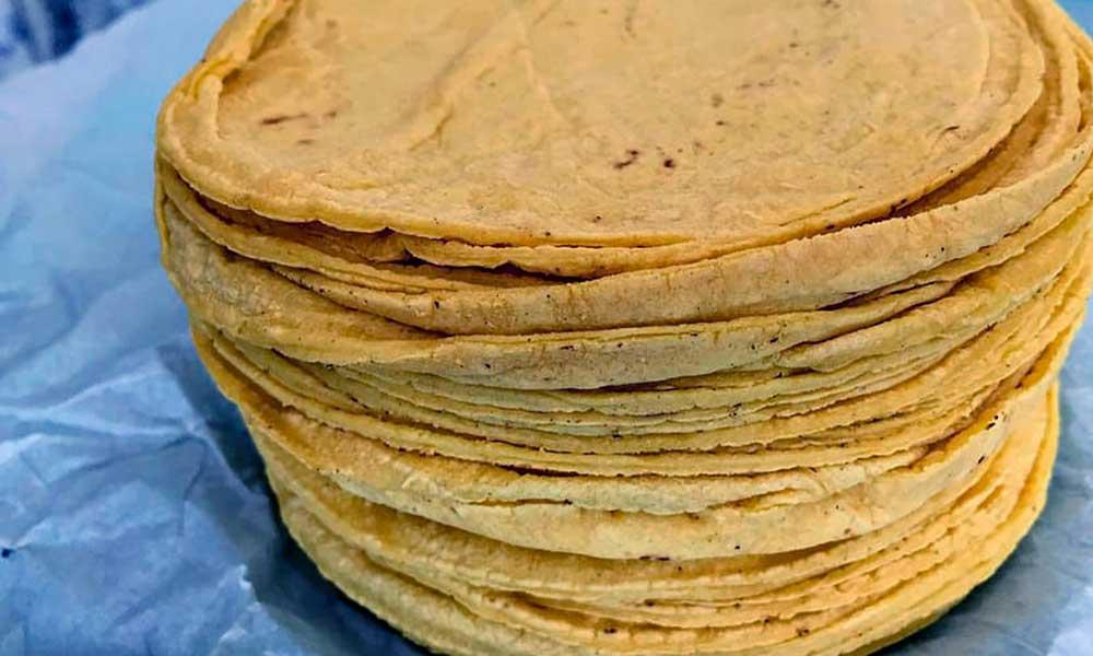 """""""Mexicanos comen tortillas cancerígenas"""", advierten Senadoras de Morena"""