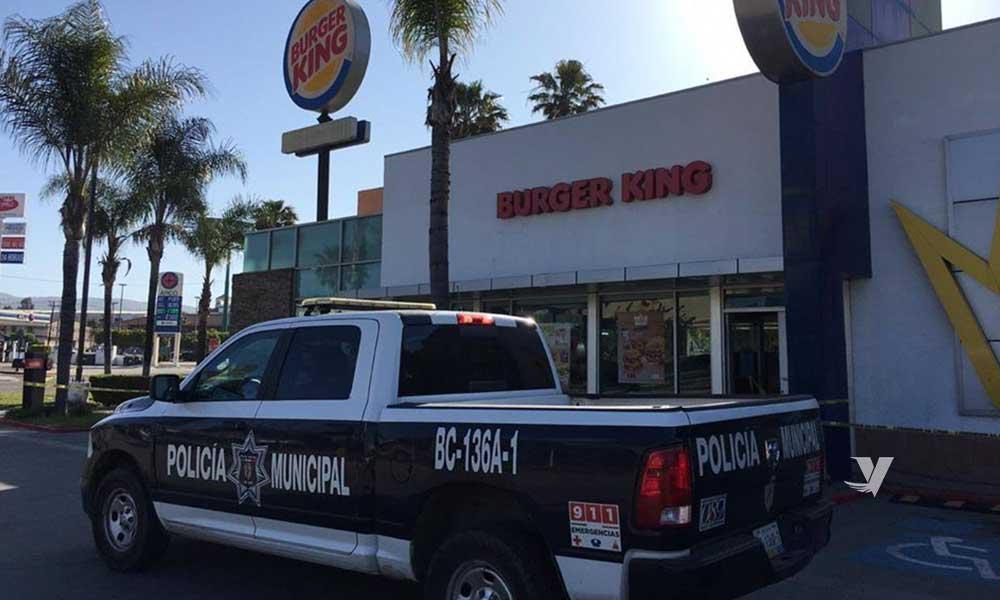 Localizan sin vida a empleado de Burger King en Tecate
