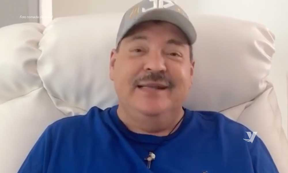 Hospitalizan al cantante Julio Preciado por posible caso de Covid-19
