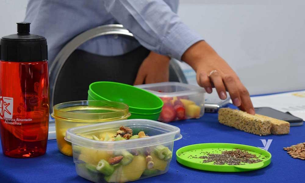 Mantener una sana alimentación favorece la salud digestiva