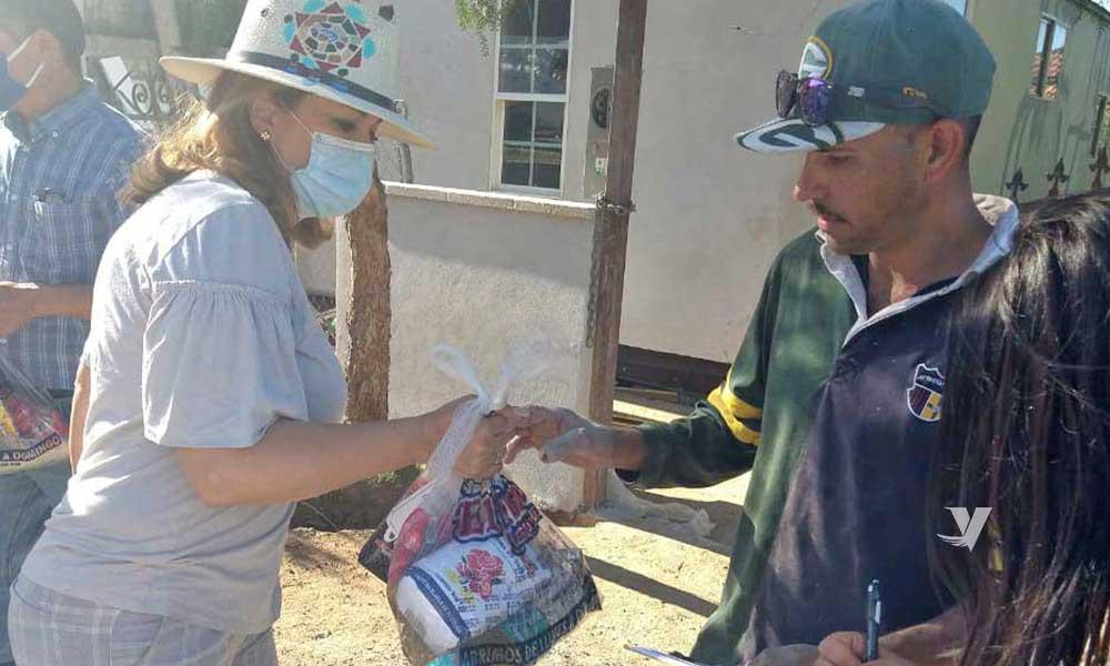 Entrega Zulema Adams vales y despensas a las familias más vulnerables de la ciudad