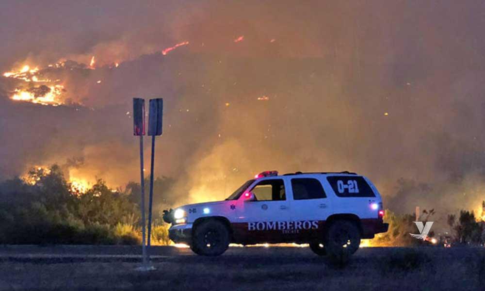 Trabajan arduamente Protección Civil y bomberos para extinguir incendios en el municipio