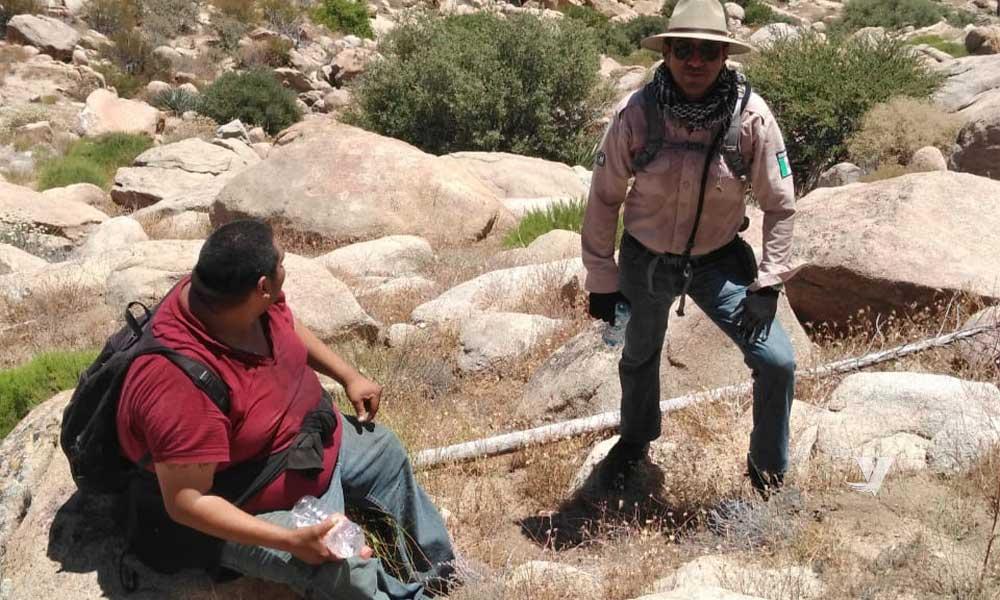 Rescata Grupo BETA a migrante; tenía de tres días perdido
