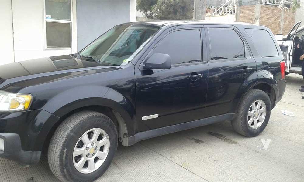 Localizan vehículo con reporte de robo en Tecate