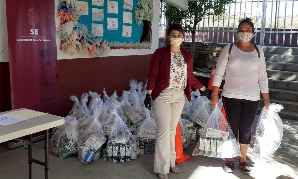 Entrega Secretaría de Educación de Baja California más de 2 mil despensas a alumnos de escuelas de tiempo completo