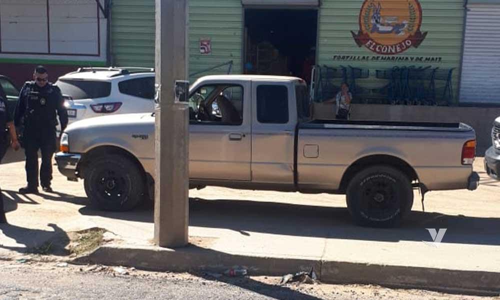 Recuperan vehículo con reporte de robo en Santa Anita