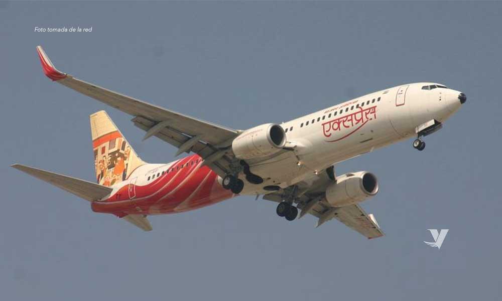 Accidente de avión en India deja varios muertos