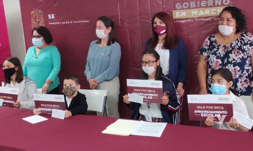 Entregará gobierno del estado apoyos económicos para estudiantes de Educación Básica en Tecate