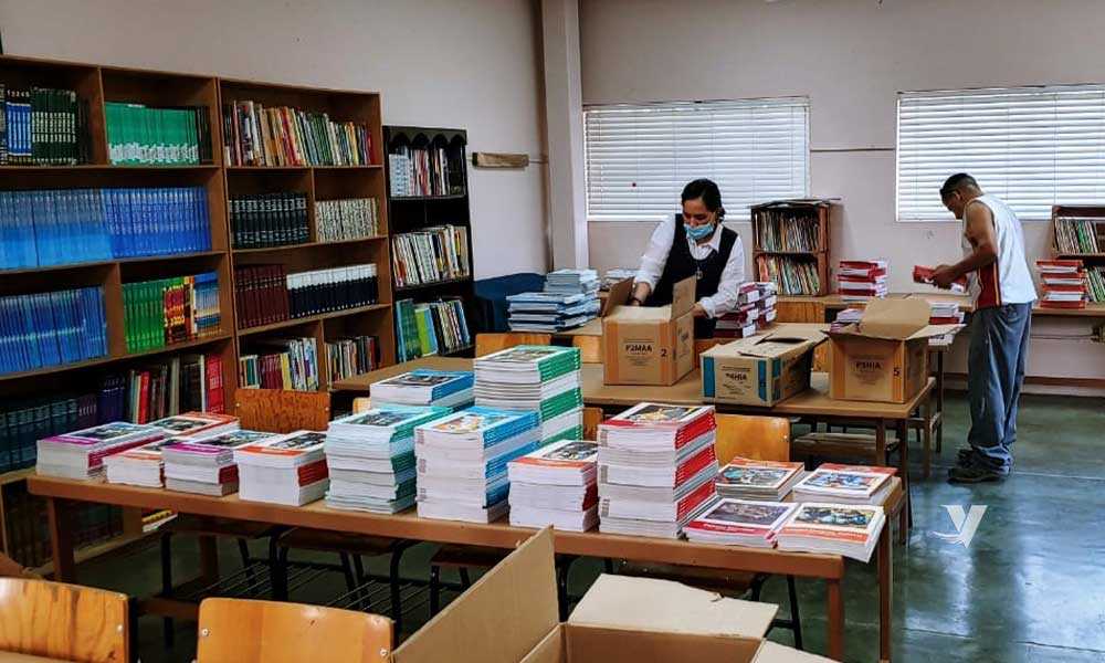 Estudiantes de Educación Básica de Tecate contarán con libros de texto gratuito