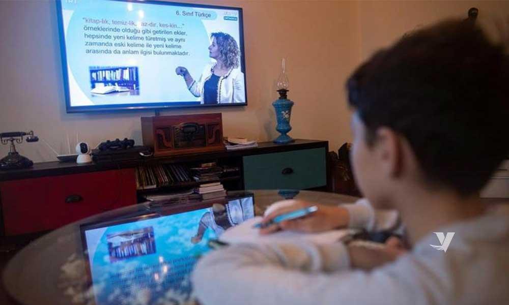 Anuncia SEP inicio de clases a distancia el 24 de agosto con transmisión por TV