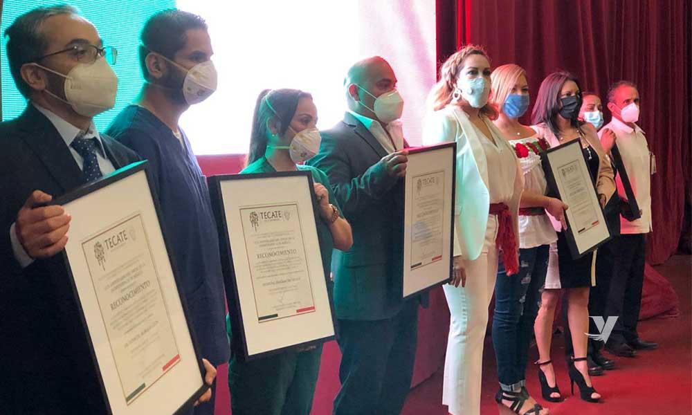 Reconocen a héroes y heroínas de la salud en el marco de la Conmemoración del 210 Aniversario del inicio de la Guerra de Independencia de México