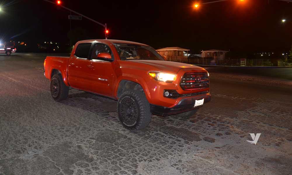 Asesinan a hombre dentro de un vehículo en Tecate