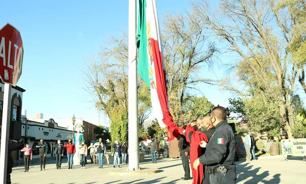 El XXIII  Ayuntamiento de Tecate Realiza Izamiento de Bandera en Homenaje a Víctimas Por Covid-19