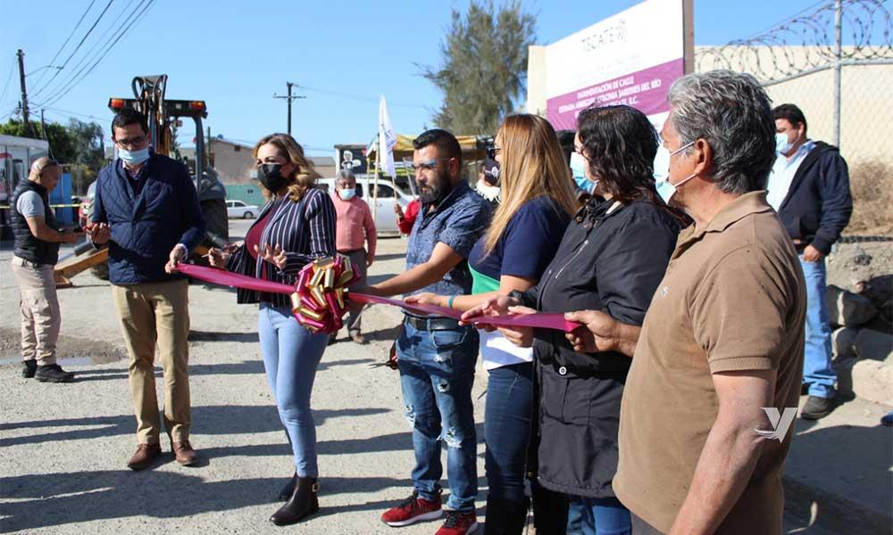 Inaugura Zulema Adams Pereyra Trabajos De Pavimentación En Colonia Jardines Del Rio