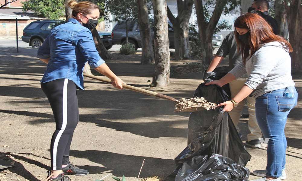 Asiste Zulema Adams A Parque De La Colonia Cuauhtémoc Para Recuperación De Espacios
