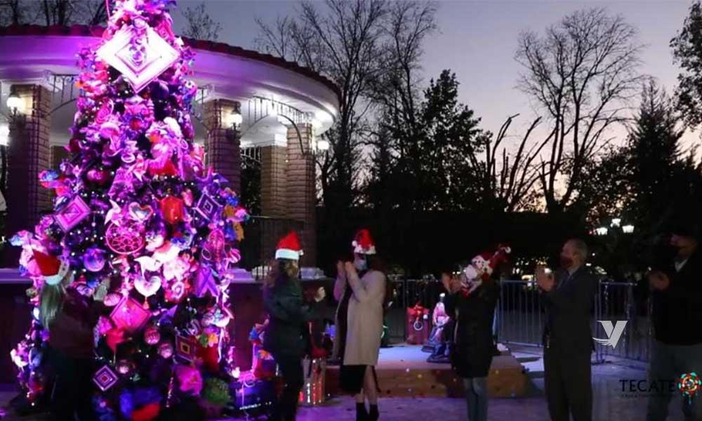 Da inicio, alcaldesa, Olga Zulema Adams Pereyra, a temporada navideña con tradicional encendido de Árbol Navideño