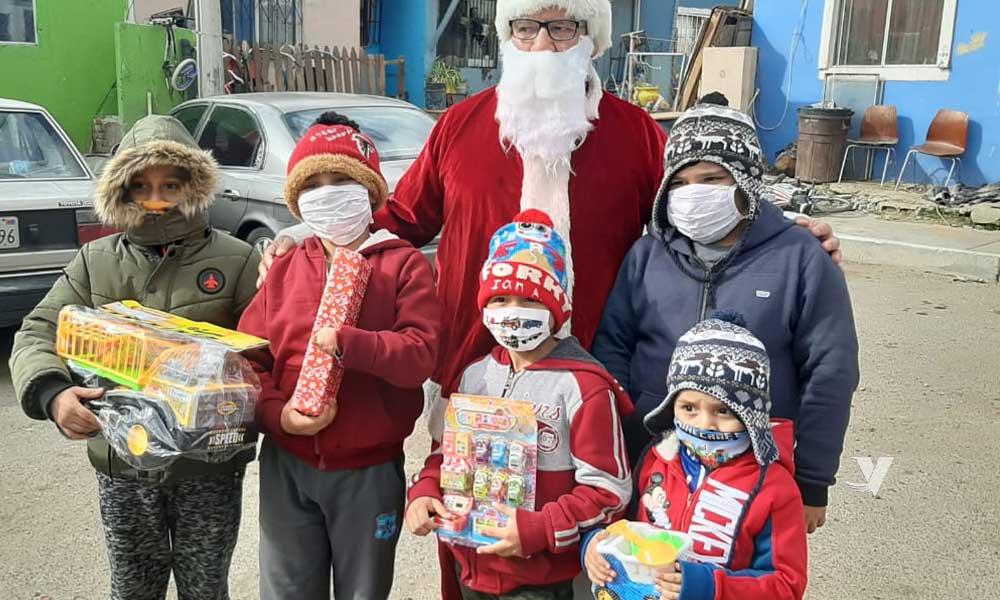 """Continua """"Santa Bus 2020"""", con entrega de juguetes en diferentes colonias del municipio"""