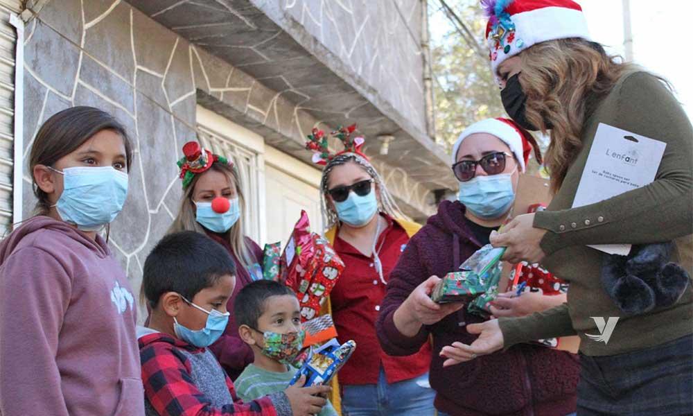"""Da inicio la alcaldesa, Olga Zulema Adams Pereyra, a """"Santa Bus 2020"""", con entrega de juguetes en colonia La Bondad"""