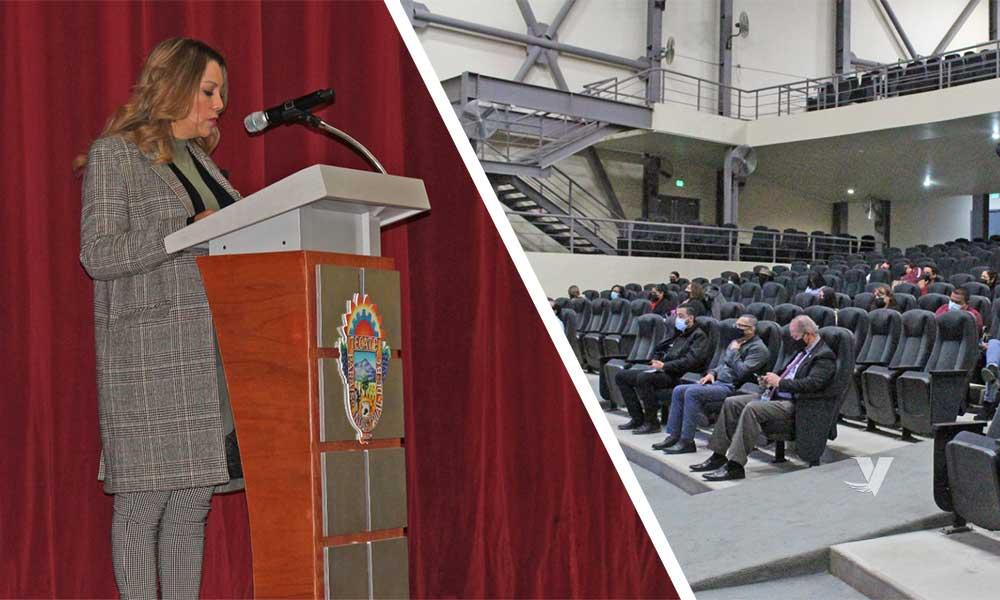 """Presente alcaldesa, Olga Zulema Adams Pereyra, en el inicio del curso dirigido a servidores públicos municipales: """"Estrategias de blindaje electoral"""""""