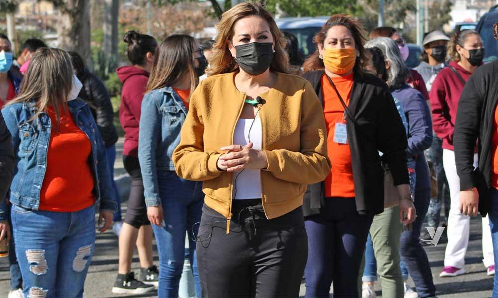 """Alcaldesa Zulema Adams Pereyra encabeza caminata """"Mujeres Saludables y Libres de Violencia"""""""