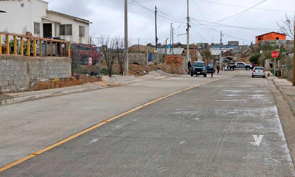 Inaugura alcaldesa, Olga Zulema Adams Pereyra,  pavimentación de calle en colonia Las Torres